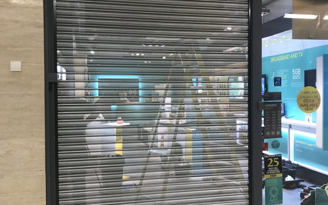 EE Store in Luton Shopping Centre