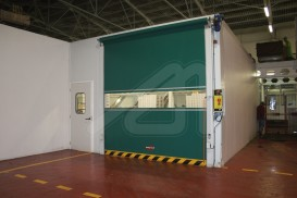 Easy roll vertical high speed doors